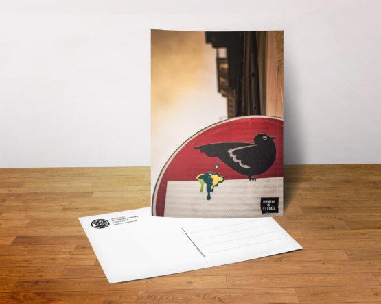 Postkarte - Niemänd is Illegaal